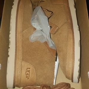 NEW UGG BOOTS size 7mns 9wmns